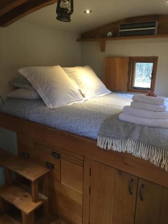 Hesleyside Huts Bracken Hut